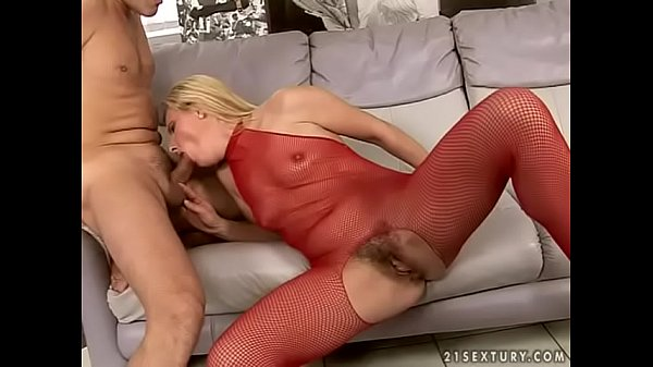 Slutty mature takes anal pounding
